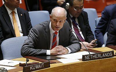 Le chef de la diplomatie néerlandaise Stef Blok à  l'assemblée générale des Nations unies, le 27 septembre 2018. (Crédit : AP/Jason DeCrow)