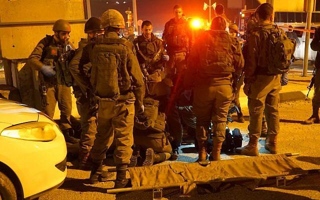 Des soldats israéliens après une tentative d'attaque contre des soldats près de Naplouse, le 21 janvier 2019. (Crédit : armée israélienne)