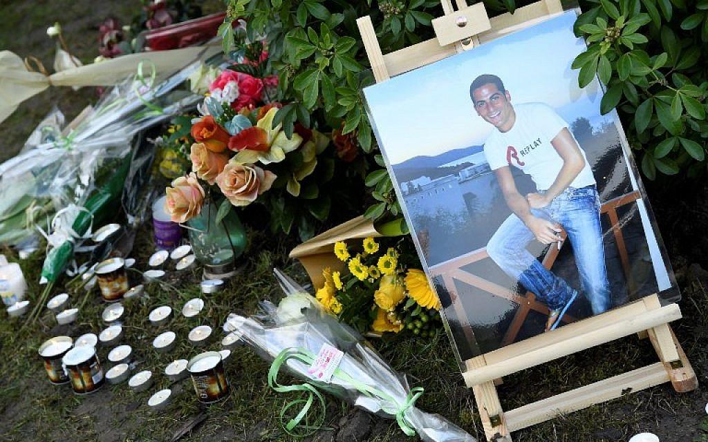 Hommage à Ilan Halimi, à Sainte-Genevieve-des-Bois, le 13 février 2019. (Crédit : Bertrand GUAY / AFP)