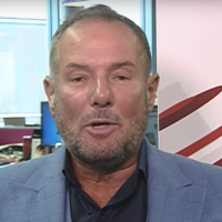 Derek Hatton (Crédit : capture écran/Youtube)