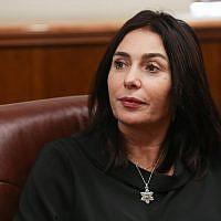 La ministre de la Culture Miri Regev au cabinet du Premier ministre à Jérusalem, le 8 novembre 2018. (Alex Kolomoisky/Yedioth Ahronoth/Pool)