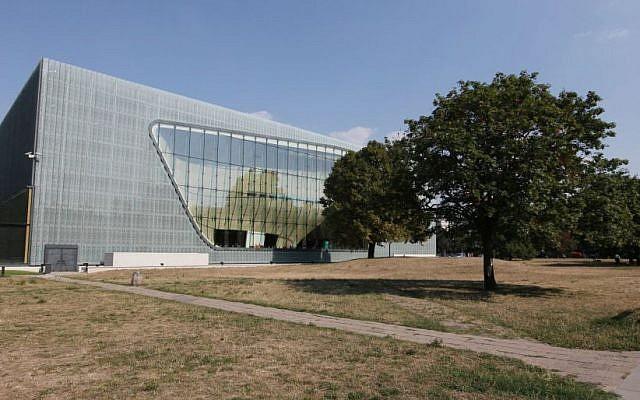 Le musée Polin de l'histoire des Juifs polonais à Varsovie, en Pologne. (AP/Czarek Sokolowski)