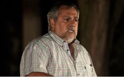 Le pasteur Javier Baeza lors d'une causerie  le 1er août 2016. (Crédit : capture d'écran/YouTube)