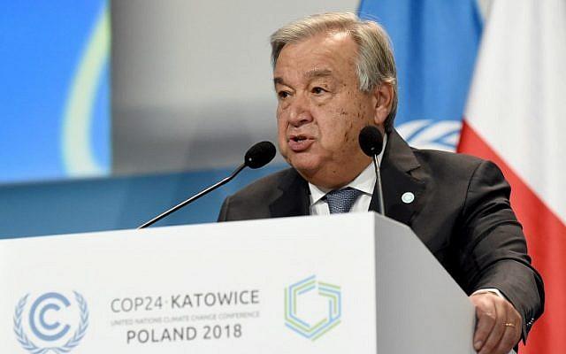 Le secrétaire général des Nations unies Antonio Guterres, à o'ouveture du sommet de la COP24 à Katowice, en Pologne, le 3 décembre 2018. (Crédit : Janek SKARZYNSKI/AFP)