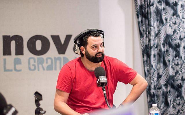 Yassine Belattar , chroniqueur sur la chaîne LCI. (Crédit : Facebook)