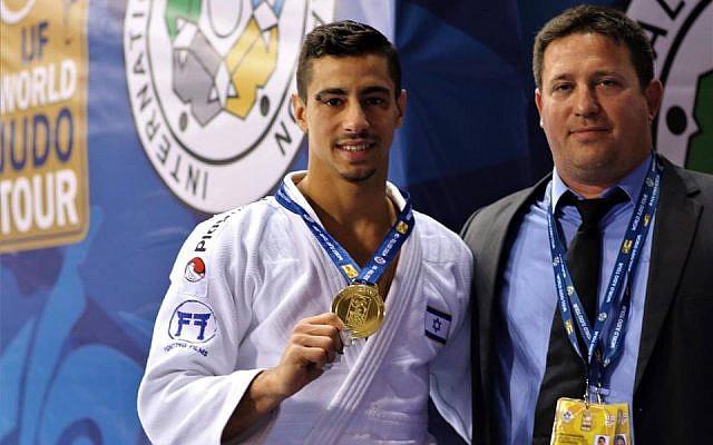 Tal Flicker avec sa médaille d'or au Grand Prix de judo de Tbilissi. (Crédit photo : Tal Flicker / Facebook)