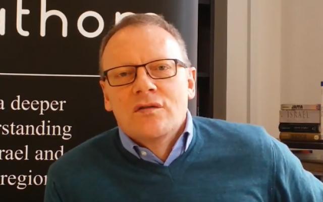 Professeur Alan Johnson (Copie d'écran YouTube).