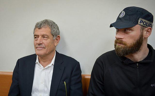 Miki Ganor, impliqué dans l'affaire des sous-marins, devant le tribunal de Rishon Lezion, le 20 mars 2019 (Crédit : Flash90)