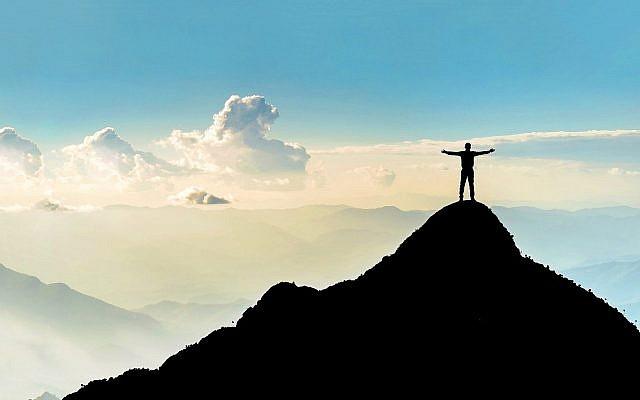 Photo d'illustration. Des nuages à l'horizon (Crédit : SARINYAPINNGAM; IStock by Getty Images)