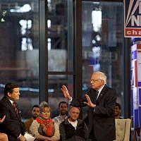 Le candidat démocrate à la présidentielle, le sénateur américain Bernie Sanders (indépendant du Vermont), participe à une réunion publique organisée par Fox News à SteelStacks, le 15 avril 2019, à Bethlehem, en Pennsylvanie. (Mark Makela / Getty Images / AFP)