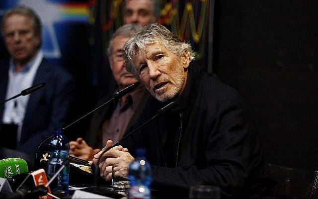 Roger Waters lors d'une conférence de presse pour l'exposition ''The Pink Floyd Exhibition: Their Mortal Remains' à Rome, en Italie, le 16 janvier 2018 (Crédit : Ernesto S. Ruscio/Getty Images)