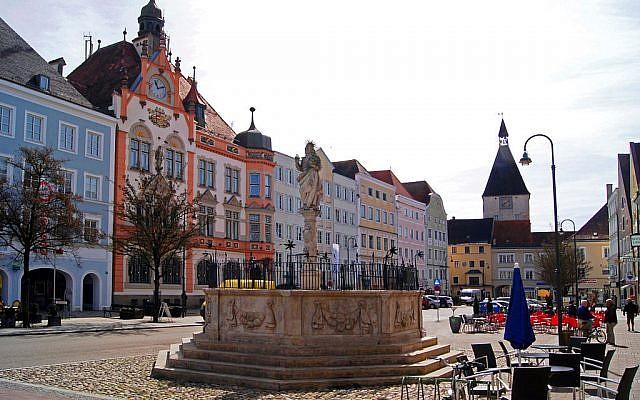 Le centre-ville de Braunau-am-Inn. (Crédit photo : CC BY-SA 3.0)