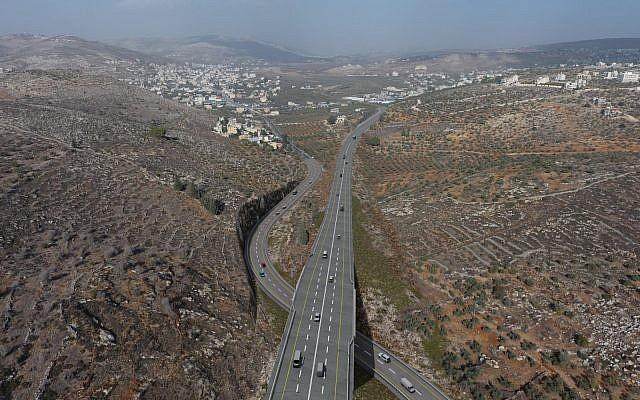 Représentation numérique de la rocade de Hawara (au-dessus) dans le nord de la Cisjordanie. (Crédit : conseil de Yesha)