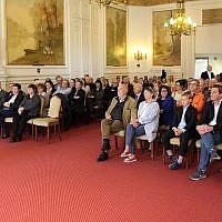Le 14 mai dernier, une cérémonie en hommage à Pieter et Sabina Neirinckx, reconnus «Justes parmi les nations»,était organisée à la Maison communale de Uccle, en Belgique. (Crédit photo : Facebook / Commune d'Uccle / Gemeente Ukkel)