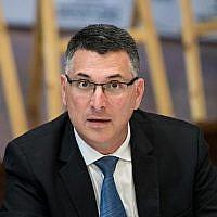 Gideon Saar du Likud lors d'une réunion du parti Likud au Centre héritage Menahcem Begin à Jérusalem le 11 mars 2019. (Yonatan Sindel/Flash90)