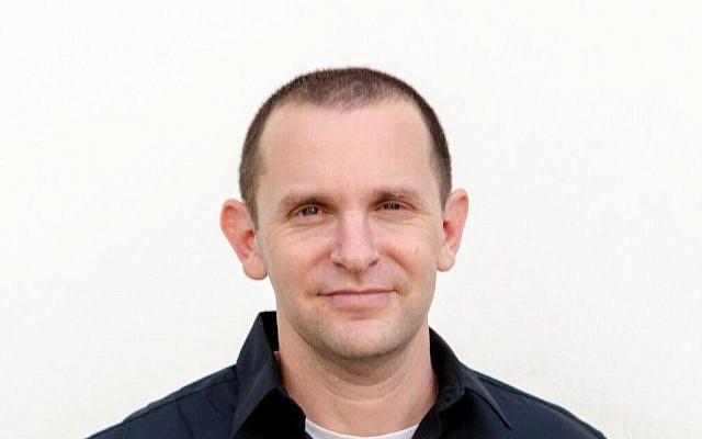 Gil Messing, qui était pressenti pour devenir porte-parole de Tsahal, dans une photo non datée. (Crédit : Sigal Naftali Kessel/Armée israélienne)