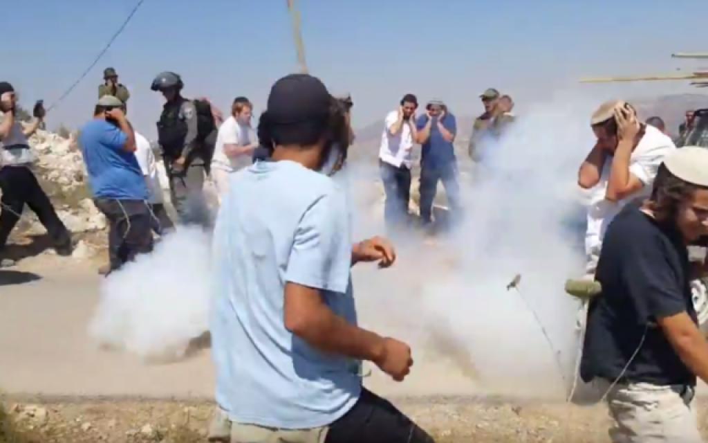 Cisjordanie : des habitants d'implantations s'en prennent aux forces de sécurité