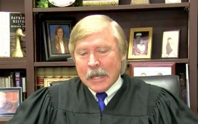 Image non-datée du juge de la cour pénale du comté de Shelby Jim Lammey. (Capture d'écran : WMC5)
