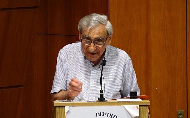 Le philosophe politique Michael Walzer prend la parole à l'Université Bar Ilan, le 13 juin 2019. (Moshe Atar)