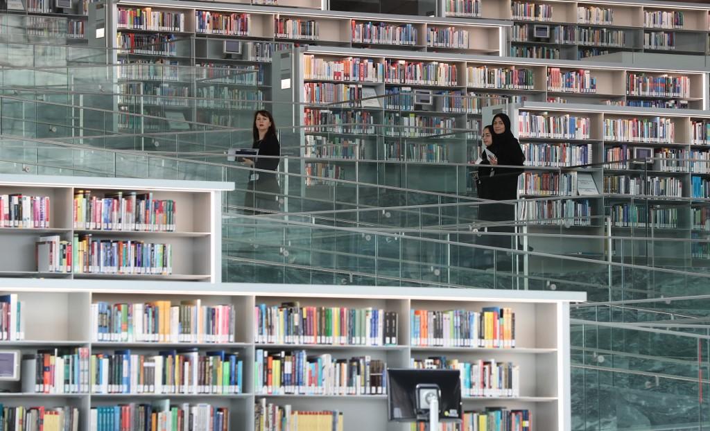 Roues pointes Bibliothèque préféré Homme