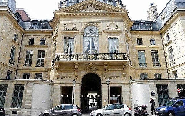 Bâtiment du ministère de la Culture à Paris, (rue de Valois) (Crédit : Mbzt /CC BY 3.0)