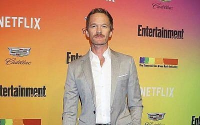 Neil Patrick Harris participe à l'événement en l'honneur des LGBTQ organisé par l'hebdomadaire américain Entertainment Weekly au Stonewall Inn, le 5 juin 2019, à New York. (Crédit : Greg Allen/Invision/AP)