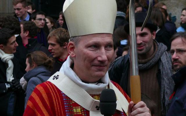 Monseigneur Pierre d'Ornellas, archevêque de Rennes, Dol et Saint-Malo, à Ecclesia Campus 2012 à Rennes. (Crédit photo : Peter Potrowl / Wikimédia / CC BY 3.0)
