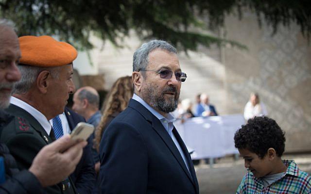 L'ancien Premier ministre Ehud Barak à un événement pour les soldats exceptionnels à la résidence du Président à Jérusalem, le 9 mai 2019. (Noam Revkin Fenton/Flash90)