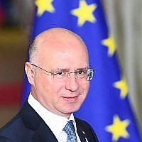 Dans cette photo du 24 novembre 2017, le Premier ministre de Moldavie Pavel Filip arrive à un sommet du partenariat de l'est de l'UE avec six pays partenaires de l'est au Conseil européen à Bruxelles. (Emmanuel Dunand/AFP)