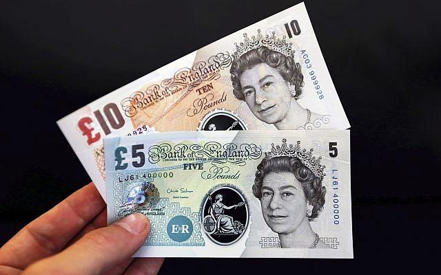 Billets de banque britanniques. (Chris Ratcliffe/AP)