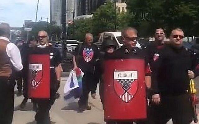 Capture d'écran d'une vidéo de suprémacistes blancs à l'événement de la gay pride de Detroit dans le Michigan, le 8juin 2019. (Capture d'écran : YouTube)