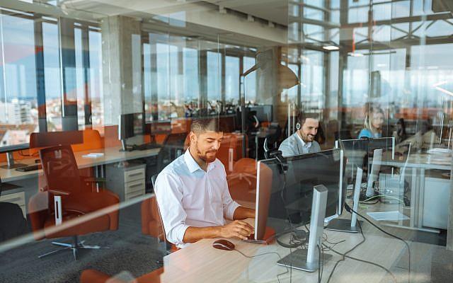 Illustration d'un call center. (Crédit : iStock)