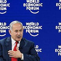 Le Premier ministre Benjamin Netanyahu à la réunion annuelle du Forum économique mondial (World Economic Forum - WEF), le 25 janvier 2018 à Davos, en Suisse. (AFP Photo/Fabrice Coffrini)