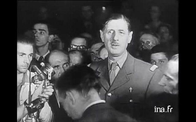 Le général De Gaulle lors de son discours de la libération de Paris. (Crédit photo : INA)