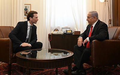 L'ancien chancelier autrichien Sebastian Kurz (à gauche) et le Premier ministre Netanyahu se rencontrent à Jérusalem, le 10 juillet 2019. (Kobi Gideon/GPO)