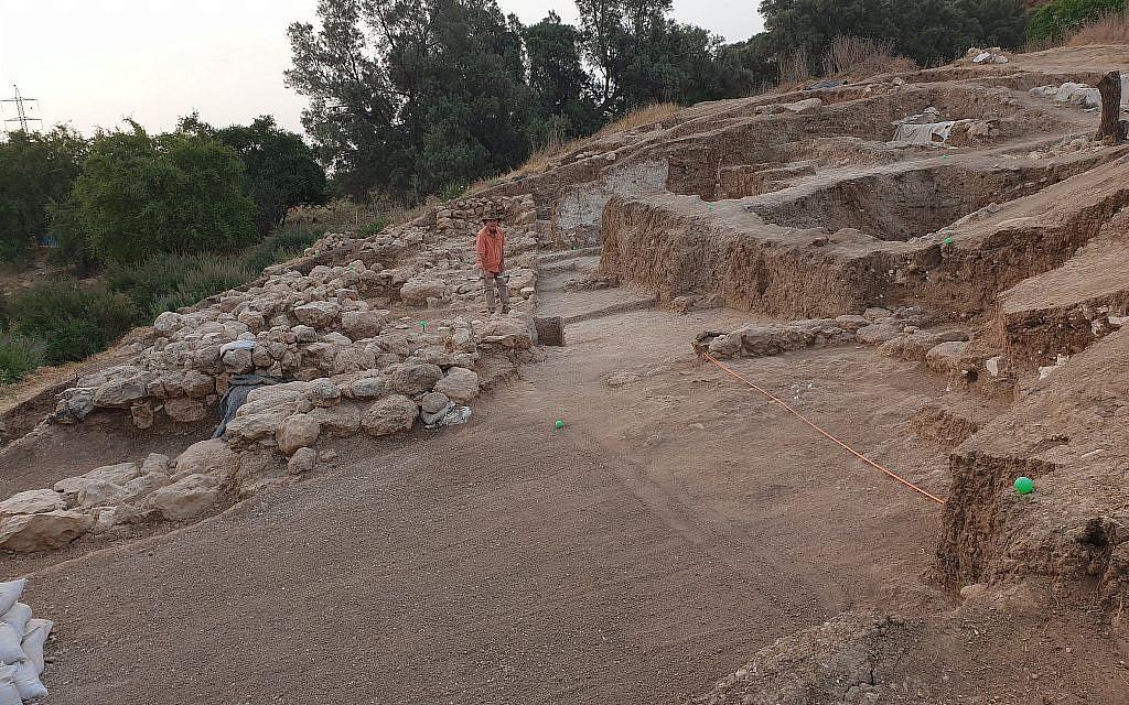 Une vue de la Porte des eaux à Gath, été 2019 (Crédit : Aren Maeir/Tell es-Safi/Gath Archaeological Project)