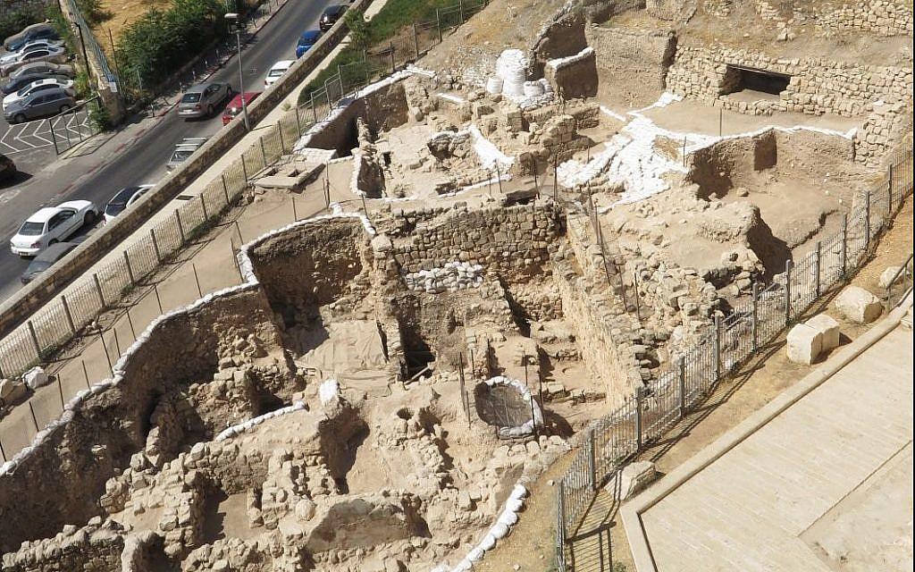 Les fouilles archéologiques du Mont Zion sont conduites par l'Université de Caroline du Nord, Charlotte, en coopération avec le collège académique Ashkelon au parc national de Jérusalem des Murs de Jérusalem, 2019. (Virginia Withers)