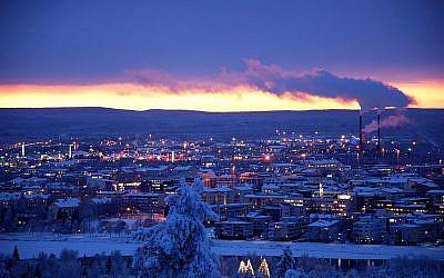 Le centre de Rovaniemi, en décembre 2010. (Crédit photo : Gérard Zojer / Wikimedia / CC BY-SA 3.0)