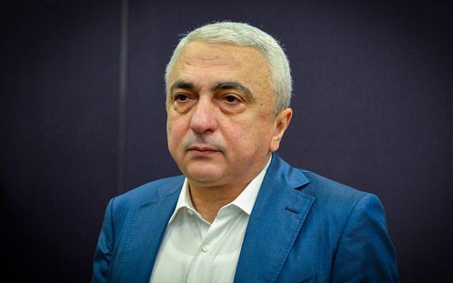 L'homme d'affaires Avraham Nanikashvili au tribunal de district de Tel Aviv, le 10 janvier 2017. (Crédit: Flash90)