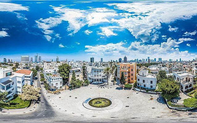 Une photographie de Barak Brinker montre la beauté Bauhaus de Tel Aviv depuis la place Bialik (Crédit : Barak Brinker)