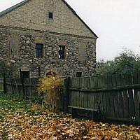 Image non-datée de l'ancienne synagogue de Porazava, en Biélorussie, à environ 190 kilomètres au sud ouest de la capitale de Minsk. (Fondation de l'Héritage juif)