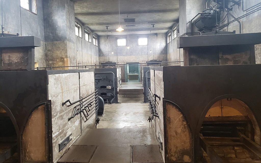 Dans l'ancien camp de concentration nazi de Theresienstadt, en République tchèque, le crématorium restauré, février 2019. (Matt Lebovic/The Times of Israel)