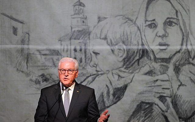Le président allemand Frank-Walter Steinmeier prononce un discours lors d'une cérémonie marquant le 80e anniversaire du déclenchement de la Seconde Guerre mondiale à Wielun le 1er septembre 2019. (Crédit : AFP/ Alik KEPLICZ)