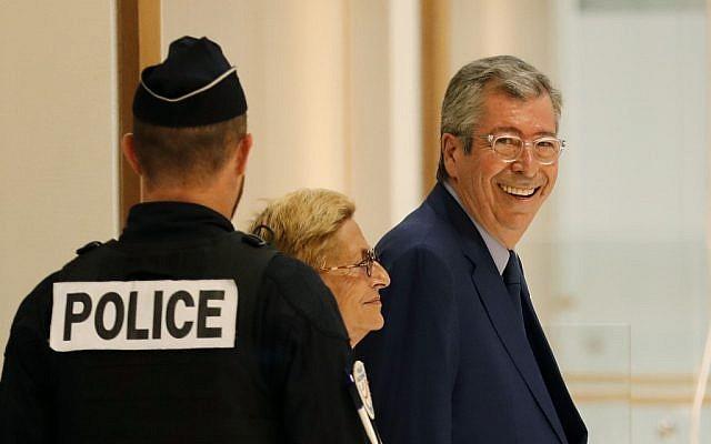 Le maire de Levallois-Perret Patrick Balkany et sa femme adjointe au maire Isabelle Balkany au tribunal de Paris le 13 septembre 2019. (Crédit : Thomas SAMSON / AFP)