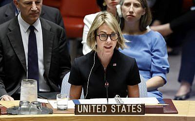 Kelly Craft, nouvelle ambassadrice américaine à l'ONU, prend la parole lors de sa première réunion du Conseil de sécurité au siège des Nations unies, le jeudi 12 septembre 2019. (AP Photo / Richard Drew)