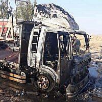 A titre d'illustration. Cette photo publiée par les Unités de mobilisation populaire montre les effets de l'attaque d'un drone près du poste frontière de Qaim avec la Syrie, dans la province d'Anbar, en Irak, le 25 août 2019. (Forces de mobilisation populaire via AP)