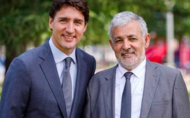 Justin Trudeau, Premier ministre du Canada, et l'imam Hassan Guillet sur l'affiche électorale de ce dernier pour les élections fédérales d'octobre 2019. (Crédit : Parti libéral du Canada)