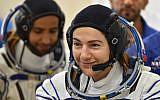 L'astronaute américaine Jessica Meir, le 25 septembre 2019, peu avant de s'envoler pour la Station spatiale internationale. (Crédit : Vyacheslav OSELEDKO / AFP)