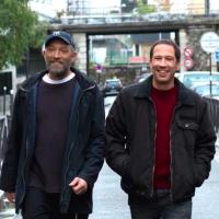 Vincent Cassel et Reda Kateb dans le film «Hors-Normes» (2019). (Crédit : Gaumont)