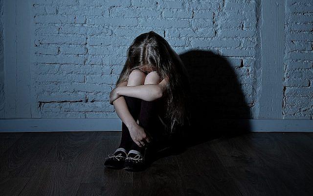 ILLUSTRATION - Une victime d'abus pédosexuels. (Sam Thomas/iStock)